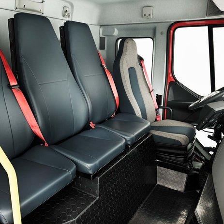 VolvoFE – čtyři sedadla aprůchod