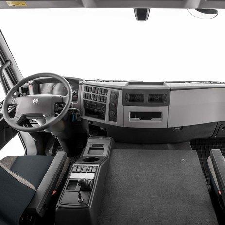 VolvoFE – dvě sedadla apohodlí pro spolujezdce