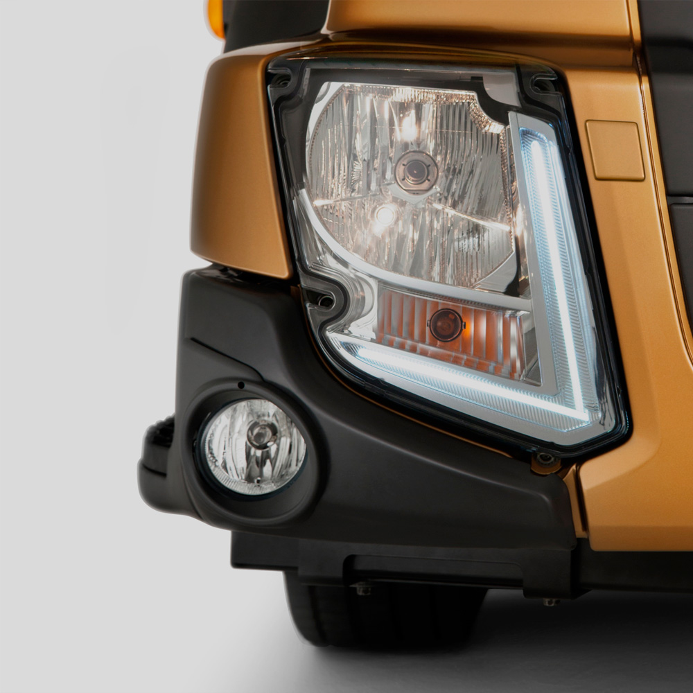 Volvo FL features headlight studio